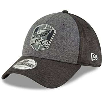 011df091719c8e New Era Philadelphia Eagles 2018 NFL Sideline Official 39THIRTY Flex Hat – Black/Grey (