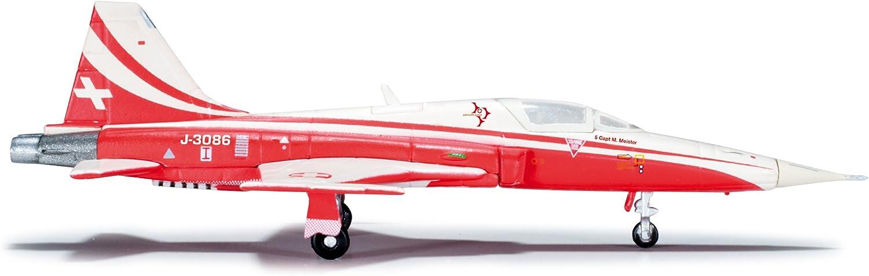 Herpa Wings 555289 Patrouille Suisse Tiger Cinque Northrop F-5E Tiger II 1//200