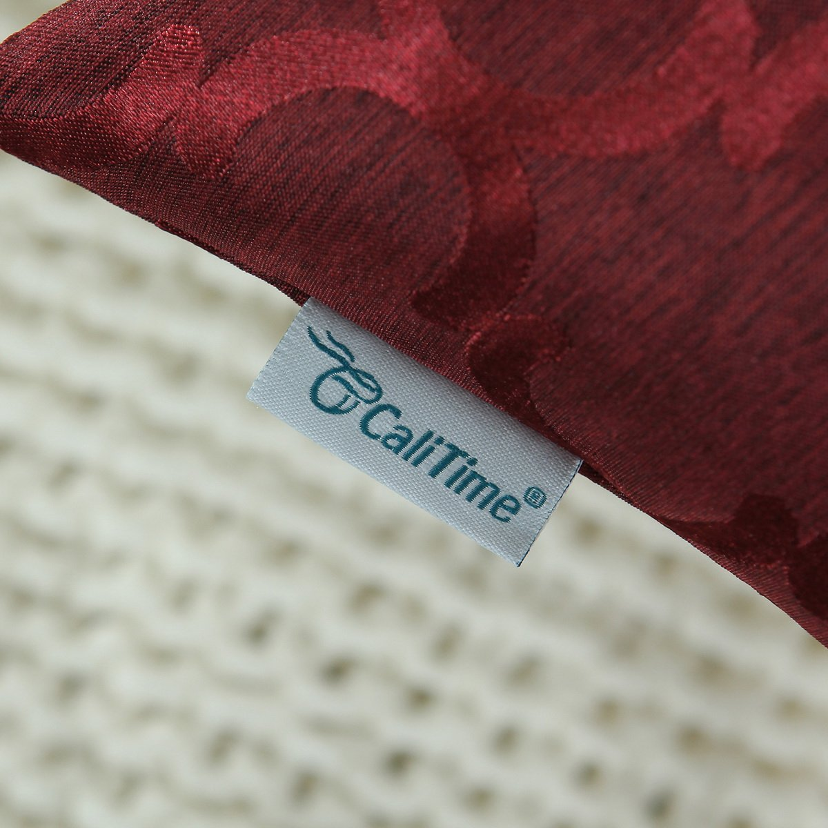 Calitime Cushion Cover Throw Pillows Case, Jacquard Quarterfoil Geometric Damask Accent, Two Sides, 18 by 18 Inches, Burgundy