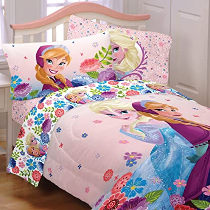 Amazon Com 5 Piece Full Size Frozen Bedding Set Includes 4pc Full