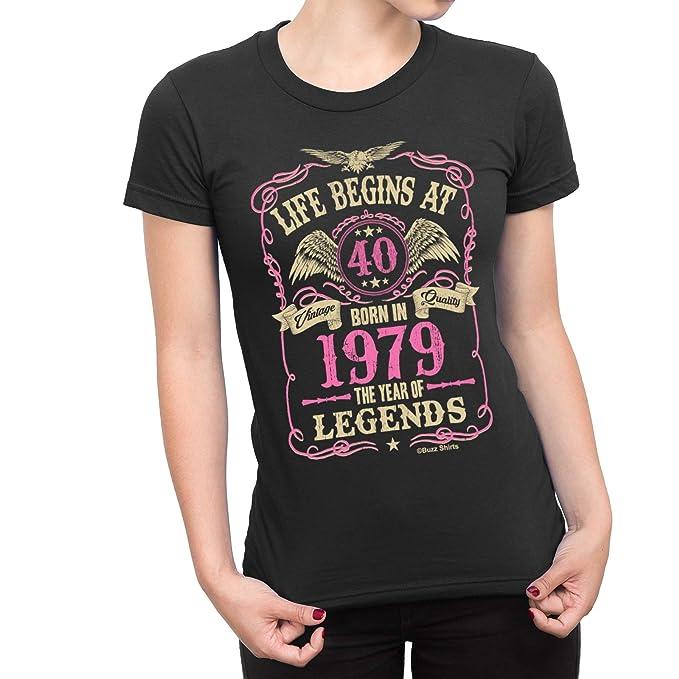 Cumpleaños de Las señoras de Las Camisas del zumbido T-Shirt Life Begins At  40 Born In 1979 The Year of Legends. Exclusivamente Jonny Cotton. 93f94e3e96e63