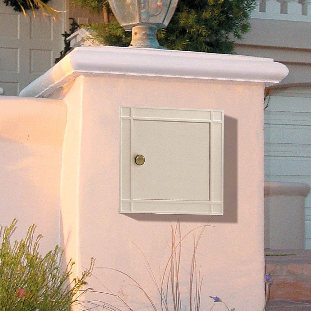 Salsbury Industries 4140P-BGE Cast Aluminum Column Non-Locking Plain Door Mailbox, Beige