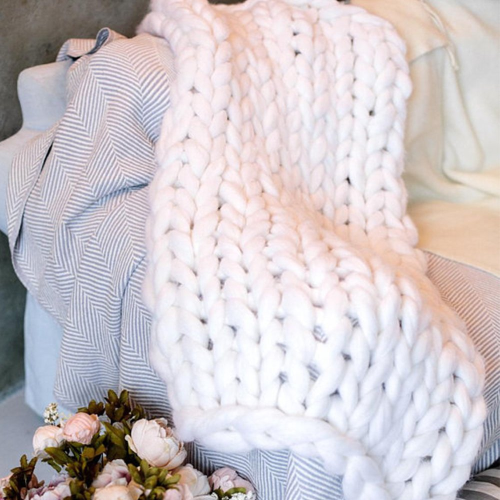 White Super Chunky Knitted Blanket,Arm Knitting Giant Merino Wool Blanket,Handmade 50x70in Thick Wool Yarn Throw,New Year Gift by Clisil (Image #1)
