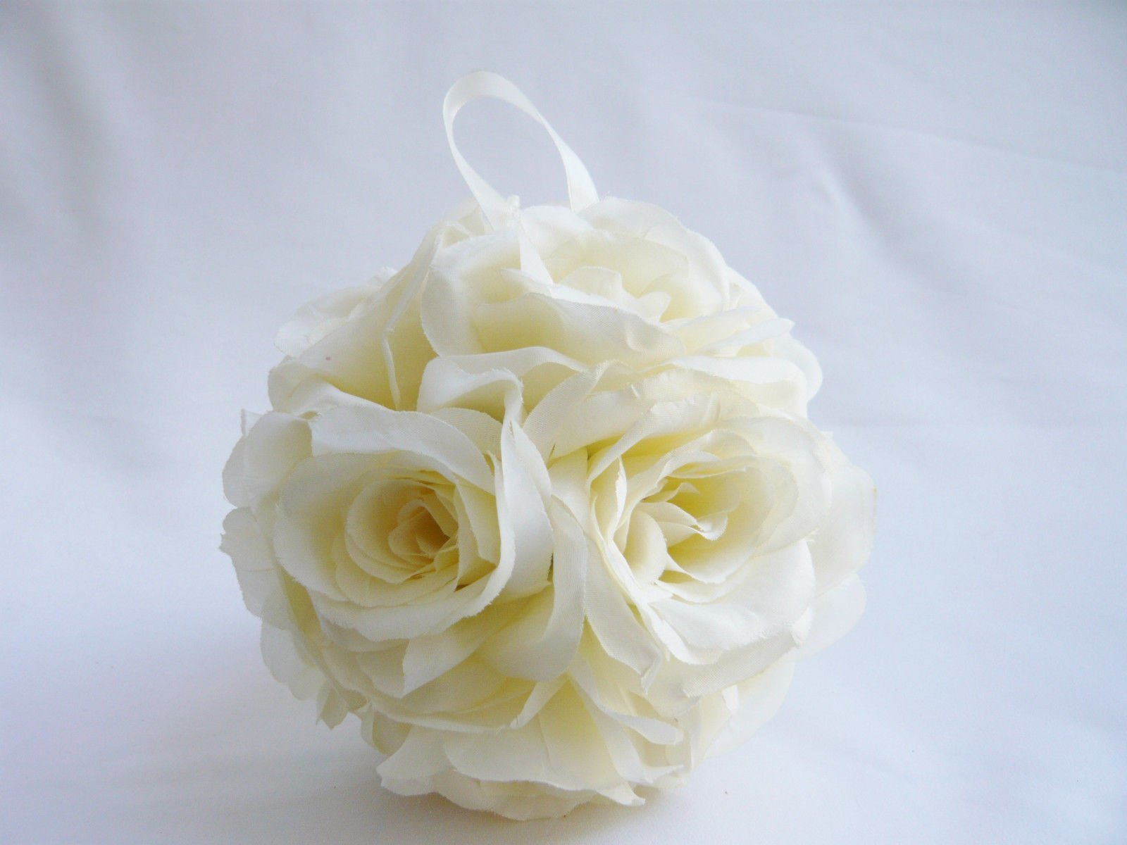 1Pcs-20-Circumference-White-Ivory-Color-Silk-Kissing-Pomander-Flower-Girl-Ball-For-Bridal-Wedding-Decorration-Artificial-Wedding-Party-Ceremony-Satin-Ribbon-4-long