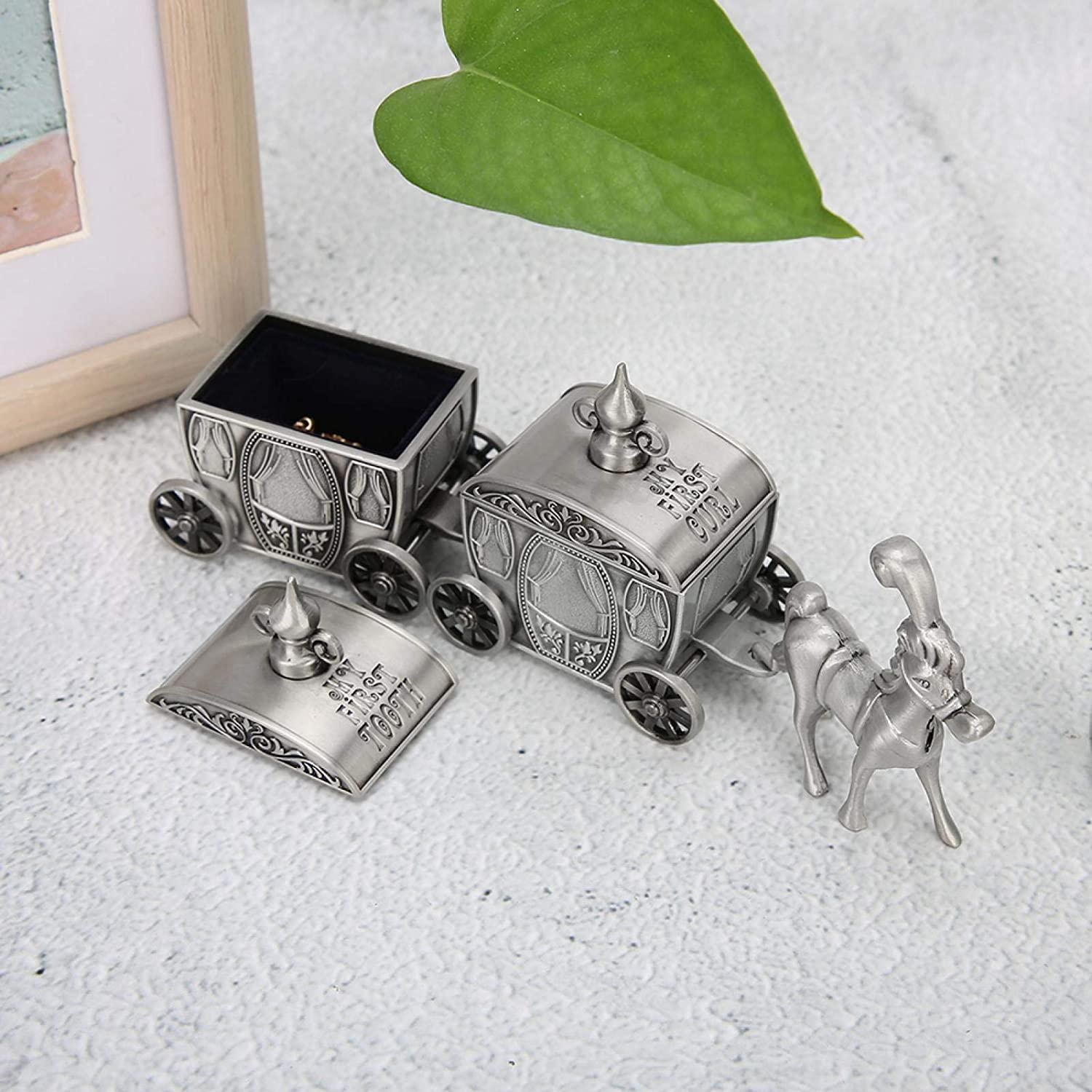 Vintage Baby Keepsake Box First Tooth Memory Box Tooth Keepsake Box Treasure Box Tooth Holder for Kids Carriage Tooth Fairy Box