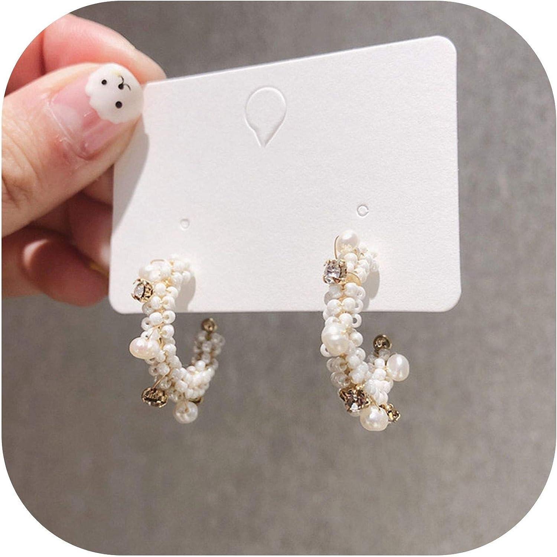 Amazon Com 2019 Trend Hoop Earrings Exquisite Korean Romantic Simulated Pearl Elegant Earrings C Shape For Ladies Party Wedding Gift B Jewelry