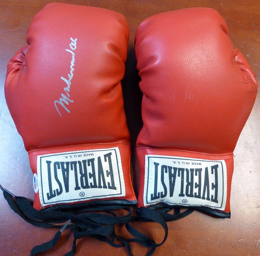 Muhammad Ali Autographed Signed Everlast Boxing Gloves Glove #AB08292 PSA/DNA Certified Autographed Boxing Gloves