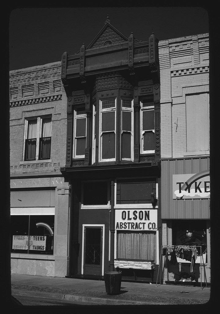 8 x 12 BW Photo of: Olson Abstract Co, Columbus, Ohio 1982 Roadside America Margolies, John, photographer 77s by Vintography