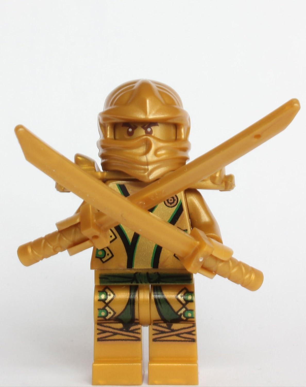 Amazon.com: El ninja oro con 3 armas, de Lego: Toys & Games
