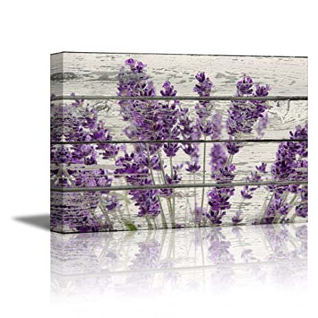 Wall26 Rustic Home Decor Canvas Wall Art   Retro Style Purple Lavender  Flowers On Vintage Wood
