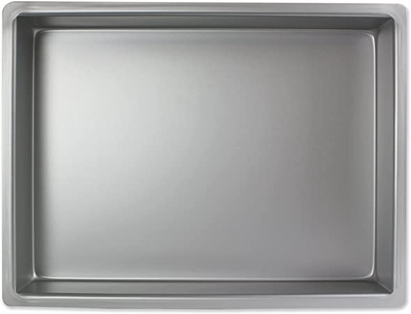 Pme Aluminium Oblong Cake Pan 12 X 18 X 2 Inch Deep Amazon Co Uk Kitchen Home