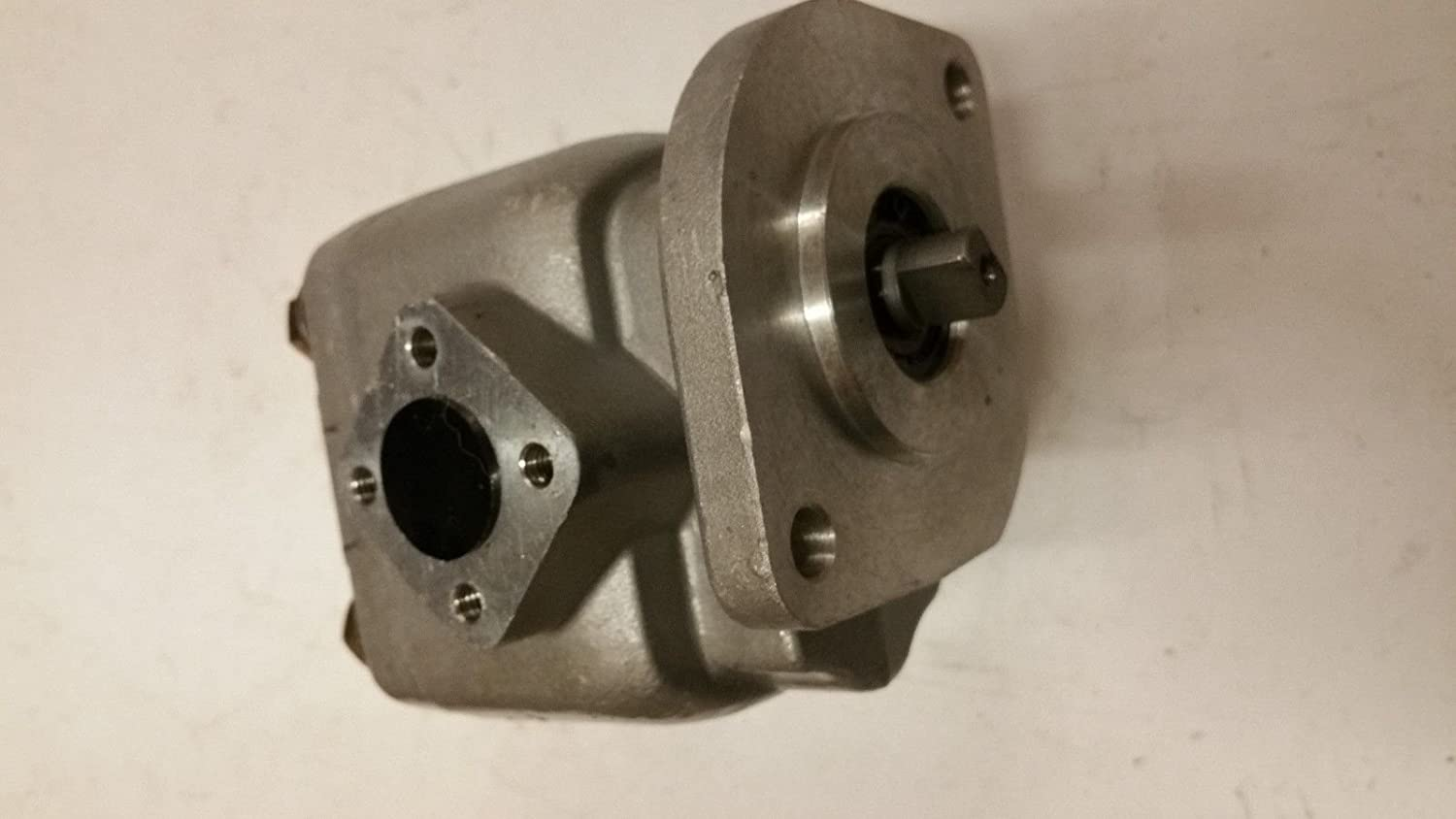 38180-36100 New Hydraulic Pump Made to fit Kubota Tractor Models ...