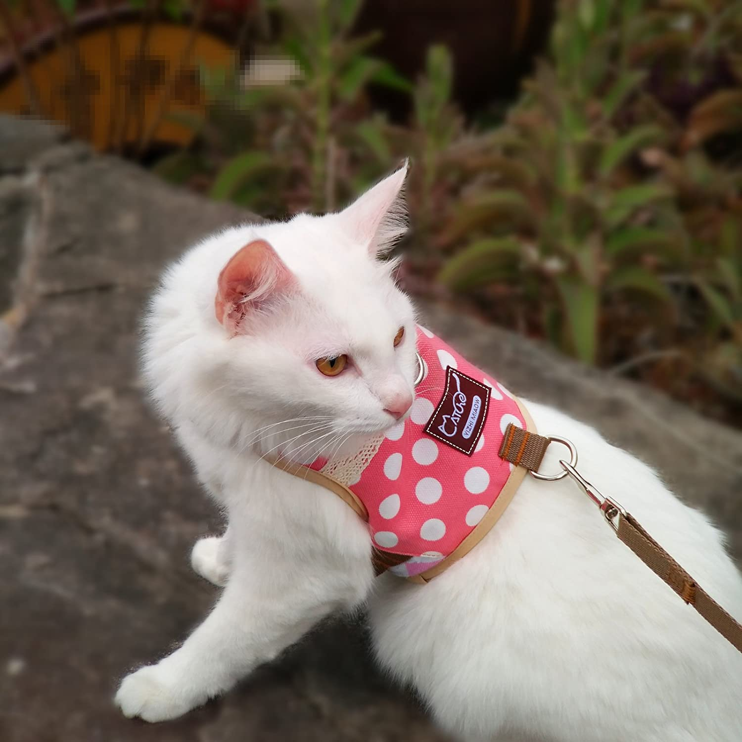 Stock Show Cute Vintage Bunny Vest Harness and Leash Set with Button Decor Small Pets Adjustable Formal Suit Style Plaid Stripe Harness for Rabbit Kitten Small Animal Walking Jogging