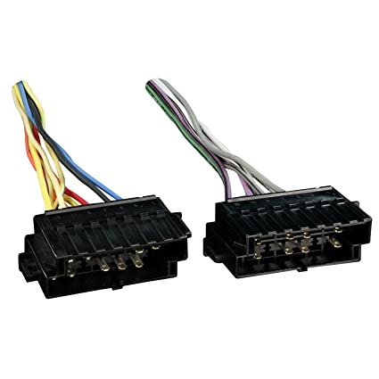 71rhGB4duML._SX425_ amazon com metra 70 1120 radio wiring harness for volvo 82 97 amp Wire Harness Assembly at crackthecode.co