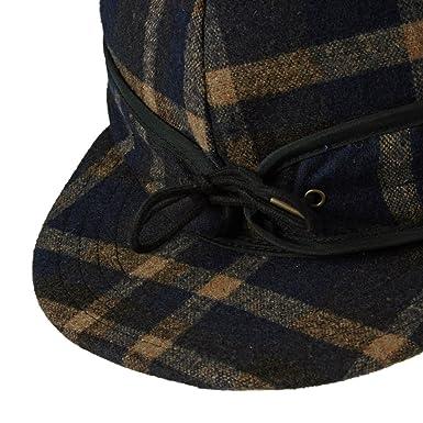 739dda94c7a Vans Off The Wall Anti-Hero Fud Skateboard Hat Cap-Navy Beige Plaid-S M at Amazon  Men s Clothing store