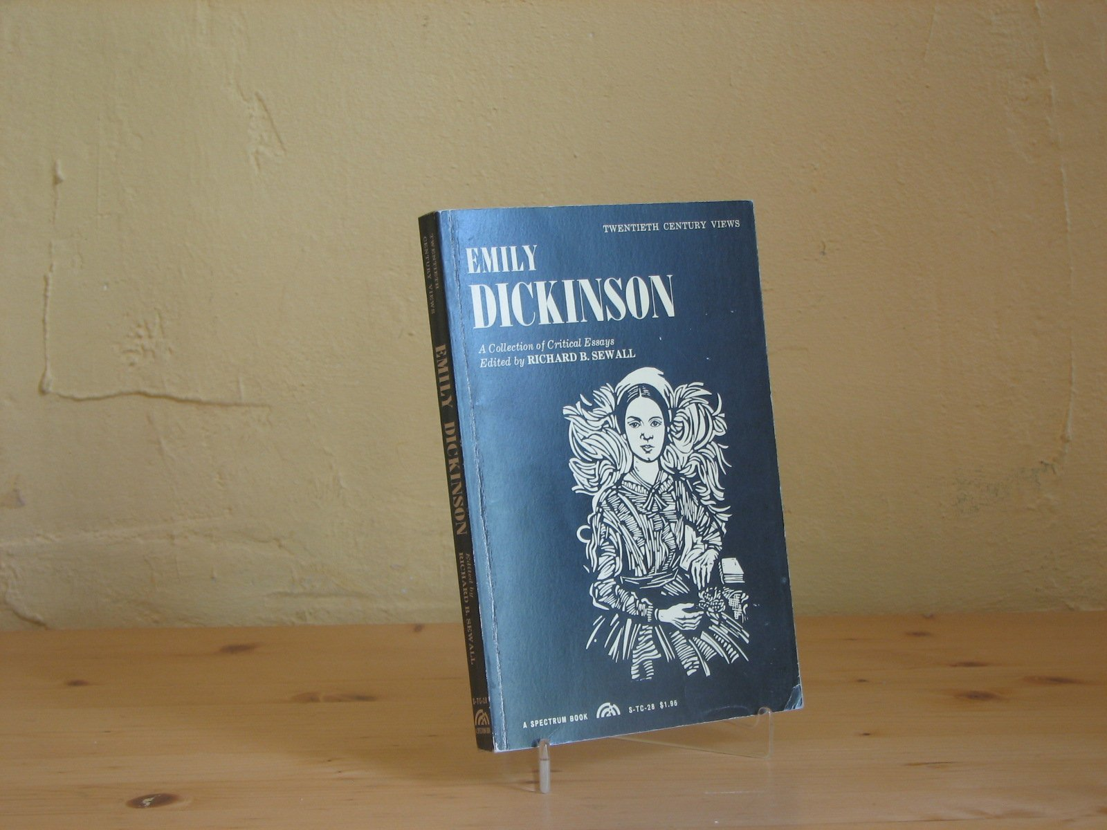 emily dickinson a collection of critical essays richard benson emily dickinson a collection of critical essays richard benson sewall 9780132087858 com books