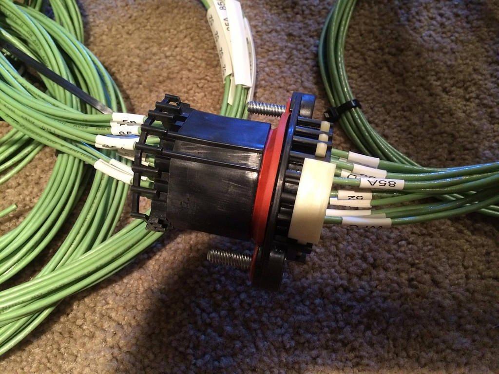 22-pin Aptiv Delphi Packard 20 Amp Bulkhead Kit 14-16 GA