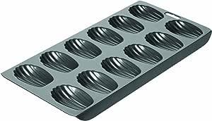 Chicago Metallic 26631 12-Cup Nonstick Madeleine Pan