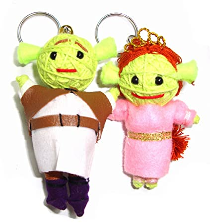 Amazon.com: Shrek y Fiona Voodoo Doll Llavero por Tailandia ...
