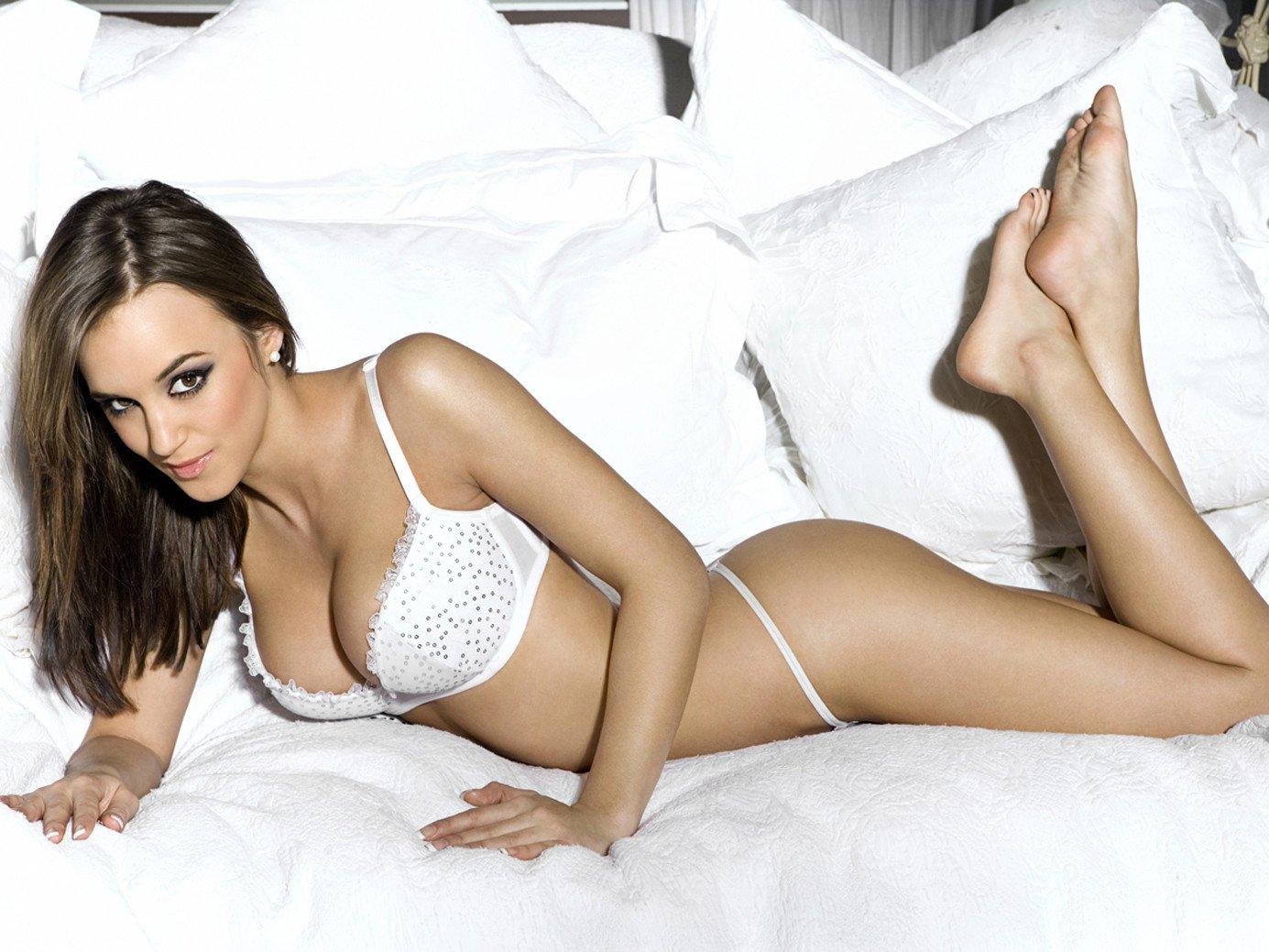Bonnie Hunt Nude