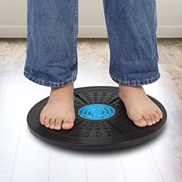 Zer one Wobble Balance Board 36cm Diameter Plastic Yoga Fitness Balance Disc Maze Balance Board with No-Skid Surface
