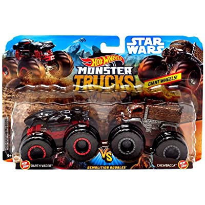 Hot Wheels Monster Trucks Demolition Doubles Star Wars Edition Darth Vader VS Chewbacca: Toys & Games
