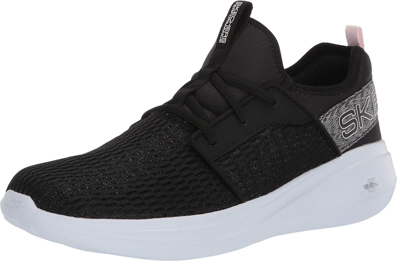 Go Run Fast-Glimmer Sneaker