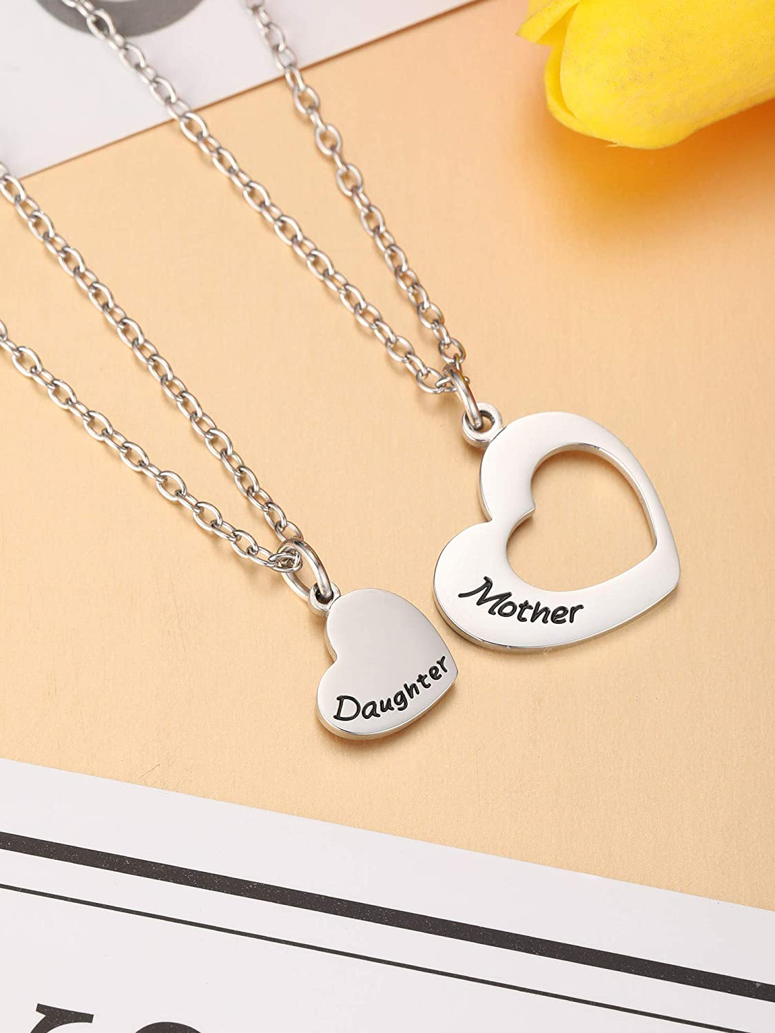 Christmas and New Year Gifts Thanksgiving Mother Daughter Necklaces Matching Heart Necklace Mothers Day Necklace Pendant for Birthday Jewelry Accessories Daily Wearing Halloween