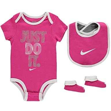 cf42cc9923388 Nike Age 6-12 Months Baby Girls 3 Piece Infant Set Romper Bib Booties Shoes  Pink White  Amazon.co.uk  Clothing