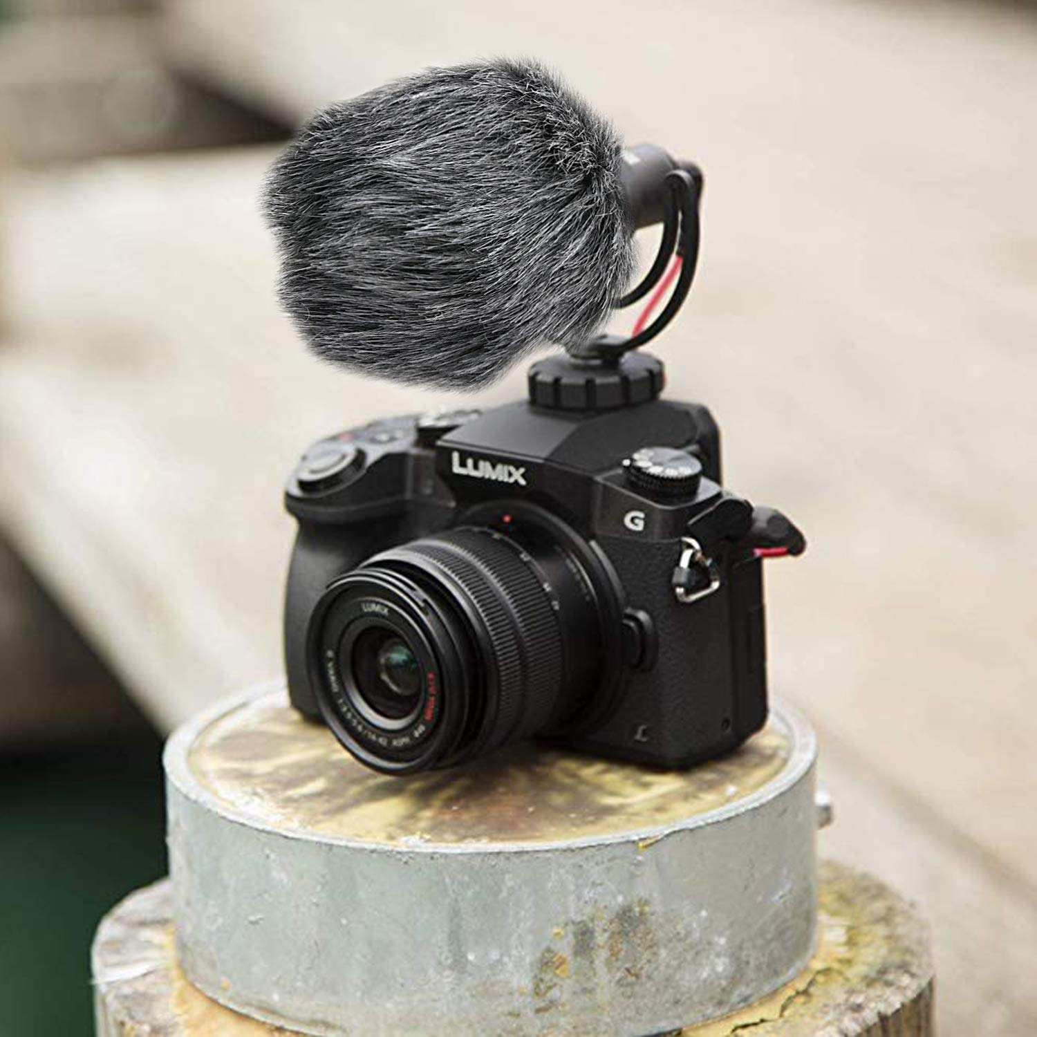 YOUSHARES Microphone Deadcat Windscreen Outdoor Wind Shield Mic Windshield Muff Fur Custom Fit for Rode VideoMicro and VideoMic Me Me-L