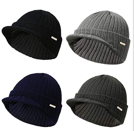 c66eda4efd9 Amazon.com  Dreamstar Men Women s Hat Stripe Knitting Beanie with Brim Soft  Warm Peaked Cap Autumn Winter Men Women Sport Skiing Hat  Clothing