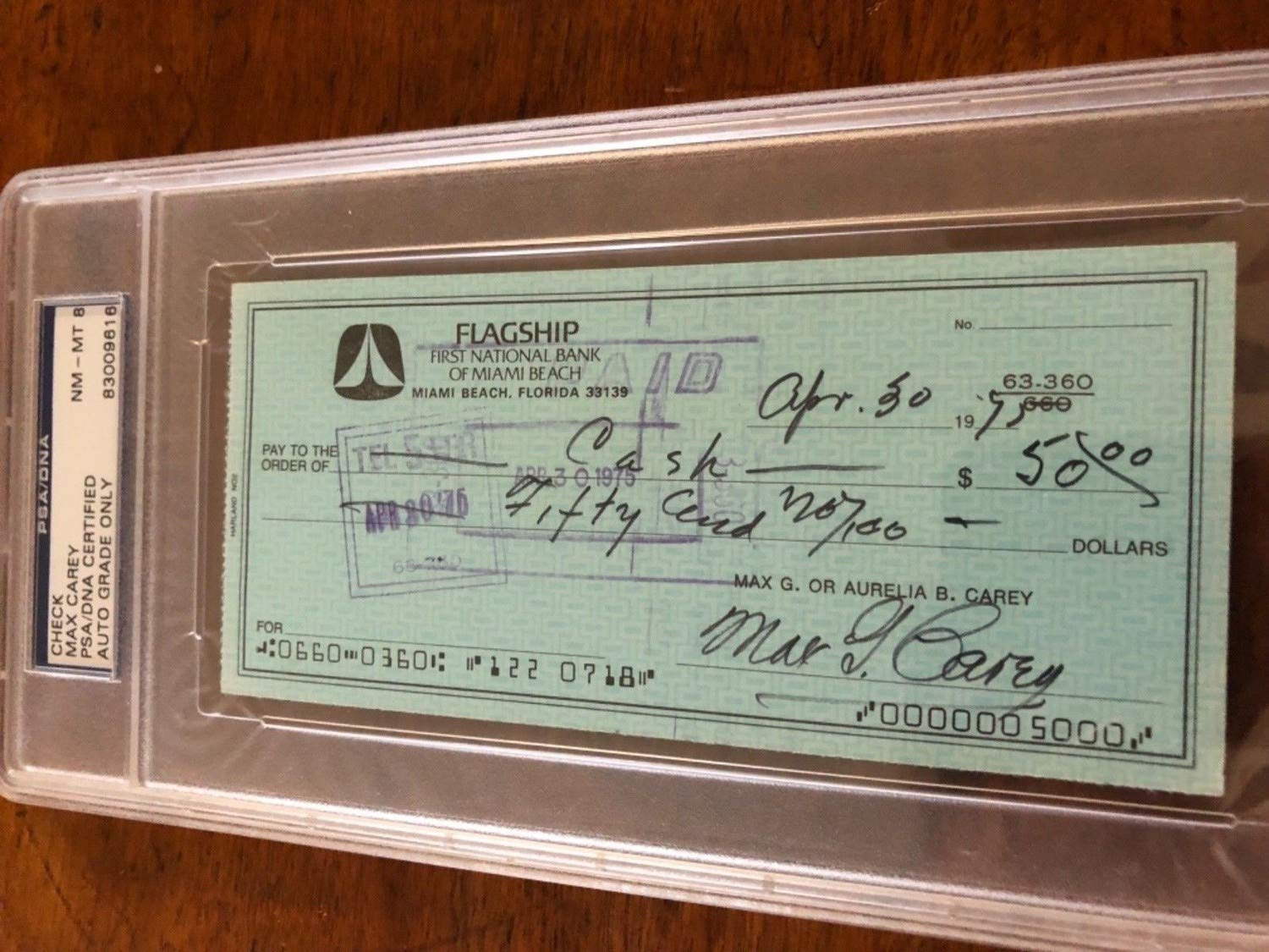 Max Carey Autographed Signed Check PSA/DNA 8 Autographed Signed 2XS 1995