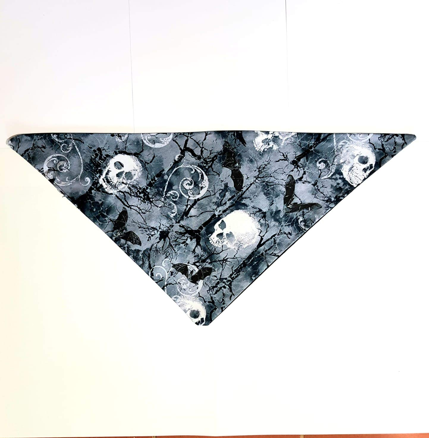 for small and large dogs and small cats Dog Bib Neckerchief Skulls /& Bats in the moonlight ~ Dog Bandana