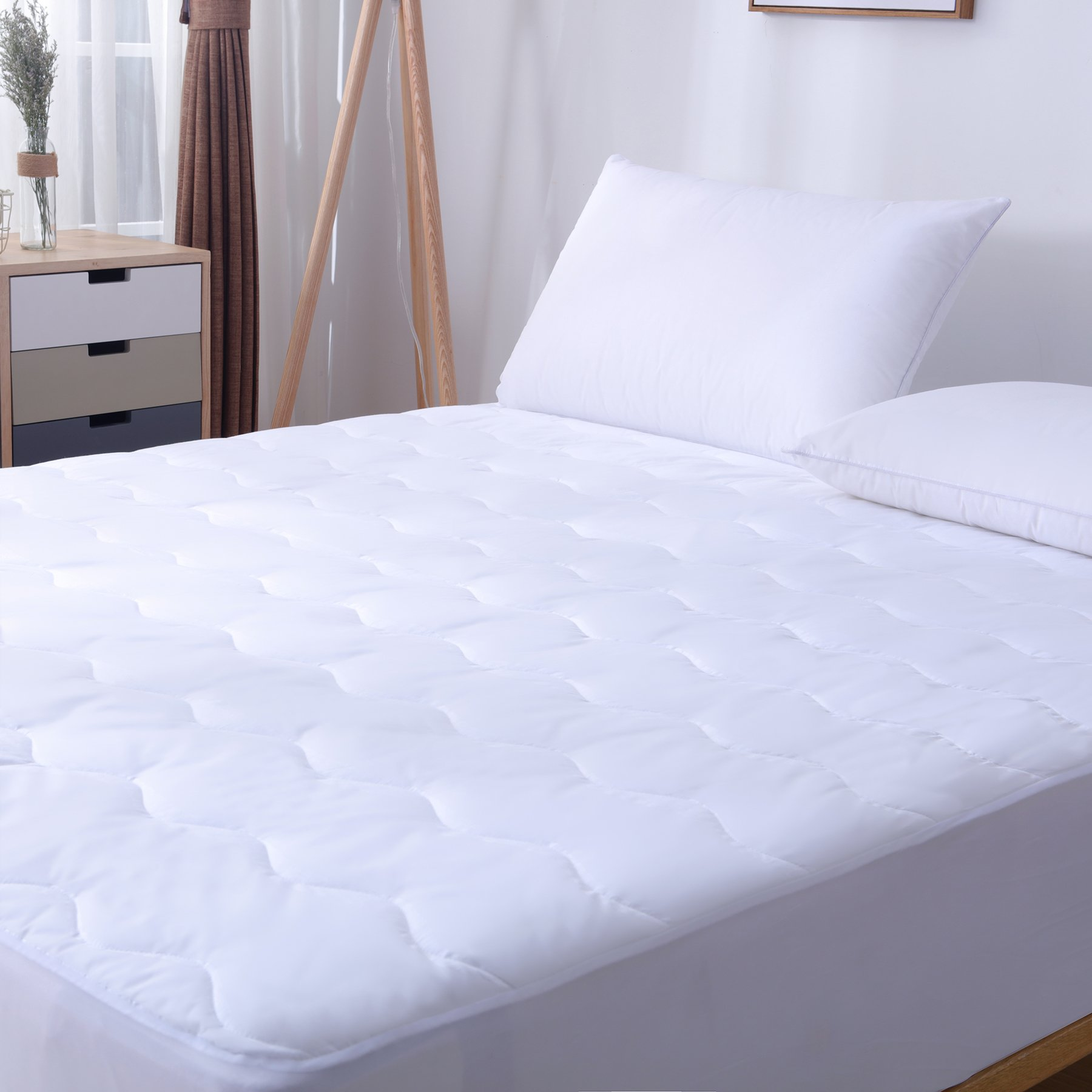 SweetBed Waterproof Mattress Pad Hypoallergenic Quilted 200TC Cotton Cover Protector (Full)