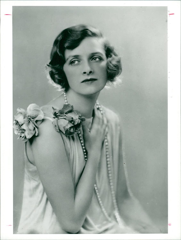 Forum on this topic: Laura Adani (1913?996), gladys-cooper/