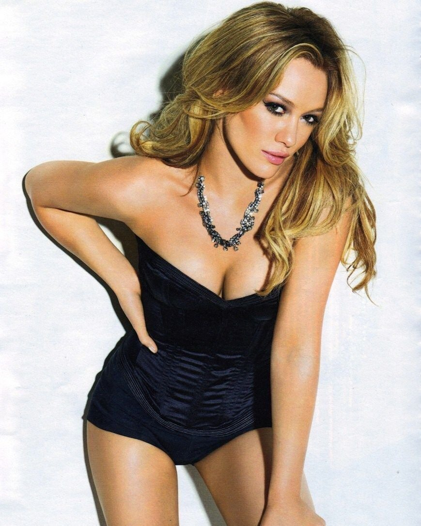 Posed Sexy Hilary Duff A3 (297x420mm) Repositionable Peel & Stick Poster  FS2313: Amazon.ca: Tools & Home Improvement