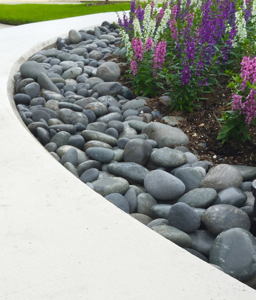 Landscape Rocks Decorative Rock Feature Large Mexican Beach Pebble 3 in. to  5 in. : Garden & Outdoor - Amazon.com : Margo 20lb. Landscape Rocks Decorative Rock Feature
