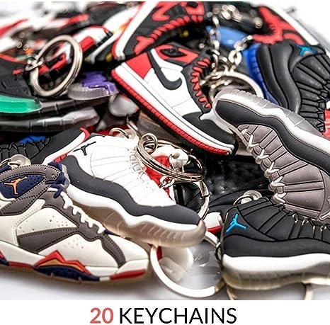 Amazon.com: Jordan Retro Selector Pack – 20 llaveros de goma ...