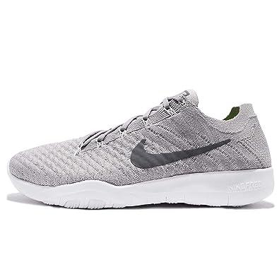 timeless design 7b4bc f73f4 Amazon.com   Nike Free TR Flyknit 2 Womens Cross Training Shoes (5 B(M) US,  Atmosphere Grey Gunsmoke-White)   Running
