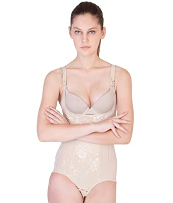 2ce68401ca8a5 American-Elm Women s Nylon Beige Coloured Shapewear (Medium)  Amazon ...