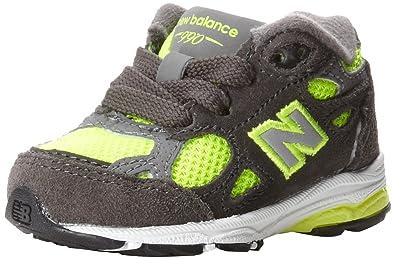 New Balance - unisex-baby 990v3 Infant Running Shoes, UK: 9.5 UK Toddler, Grey with Pink
