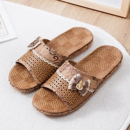 87296a2333d4 Image Unavailable. Image not available for. Color  JUIOKK Couple Indoor  Slippers Anti-slip Wood Floor Noiseless Shoes Bedroom Summer Straw Mat  Slippers