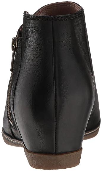 4238d4a3dca Amazon.com  Dansko Women s Leyla Ankle Boot  Shoes