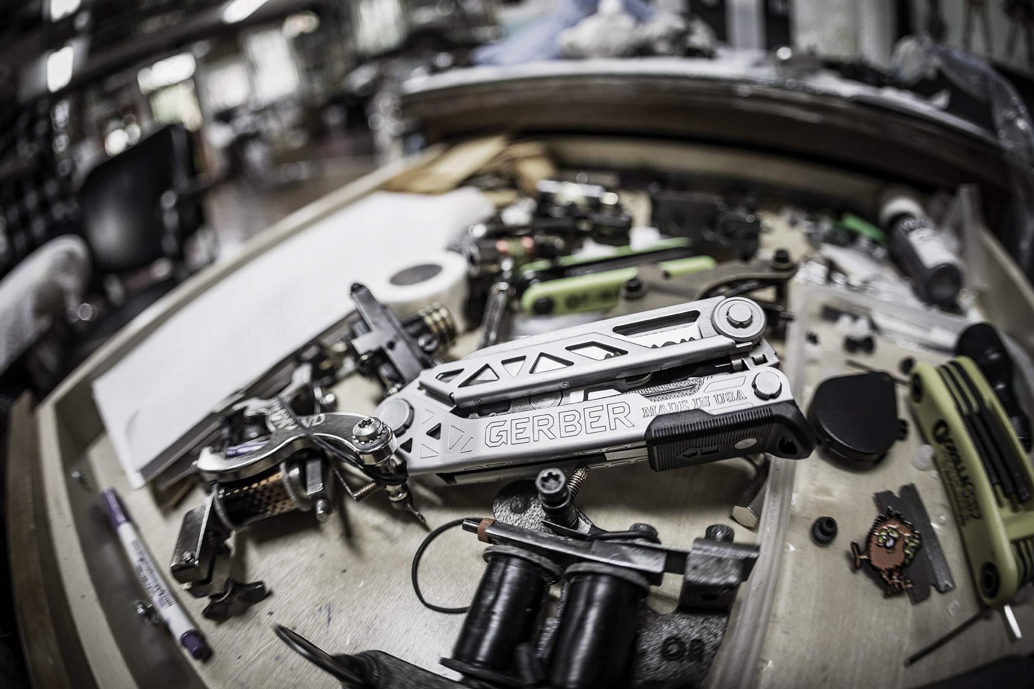 Gerber Center-Drive Plus Multi-Tool | Bit Set, Premium Leather Sheath [30-001417] by Gerber (Image #9)