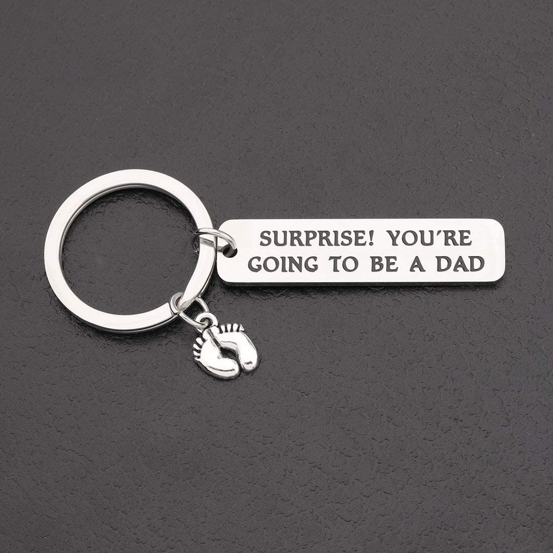 CHOORO Daddy to Be Keychain New Dad Gift Expectant Father Gift Pregnancy Announcement Gift for Husband