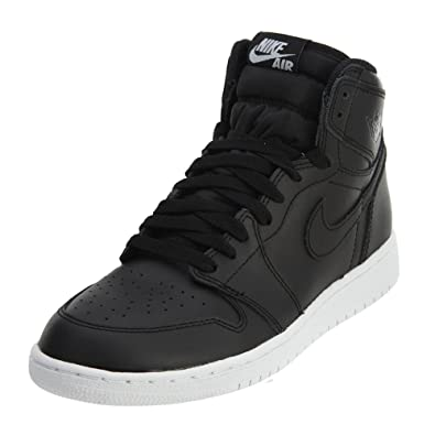 c3facd800f6 Amazon.com | Air Jordan 1 Retro High OG Grade School Basketball ...