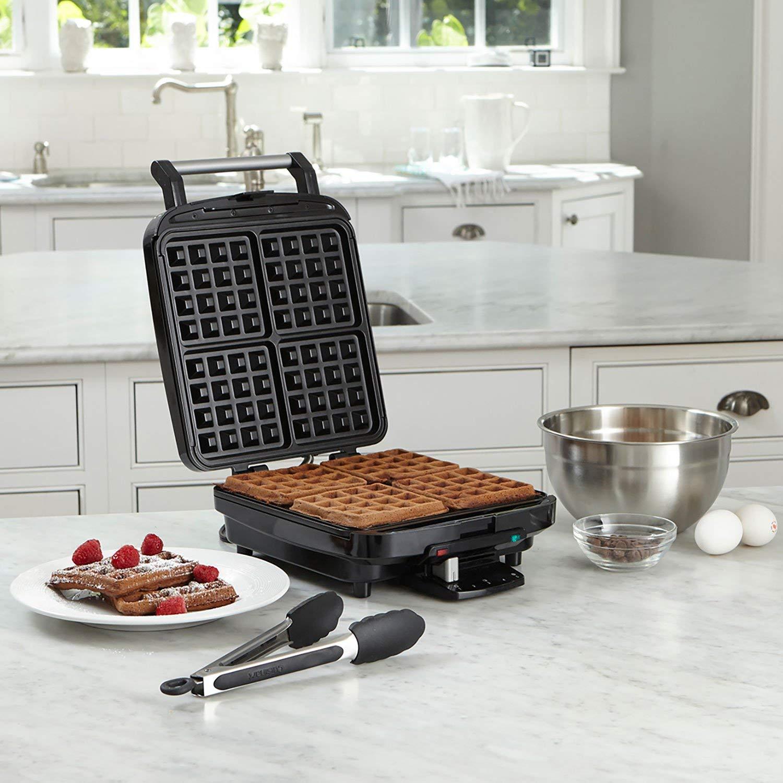 Cuisinart WAF-150FR 4 Slice Belgian Waffle Maker (Certified Refurbished) by Cuisinart (Image #3)