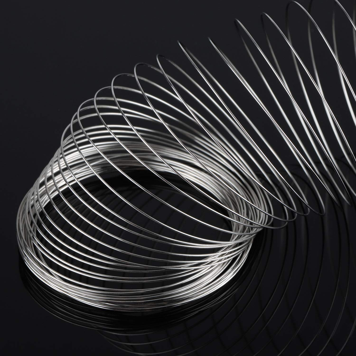 800 Loops Steel Jewelry Wire Silver Memory Wire Beading Wire for Jewelry Making Wrapping Stones Necklaces and DIY Cable Wire Bracelet