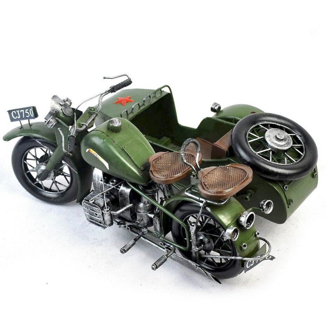 GL&G Retro Iron art Car model Shuttlecock motorcycle model birthday gift Home Cafe bar Decorations Tabletop Scenes Ornaments Collectible Vehicles Keepsakes,352214.5cm