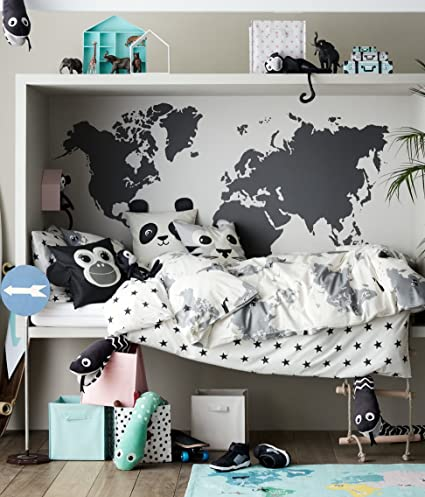 Amazon kids explorer bedding world map 2pc twin duvet cover set kids explorer bedding world map 2pc twin duvet cover set 100 cotton animal map adventures gumiabroncs Image collections